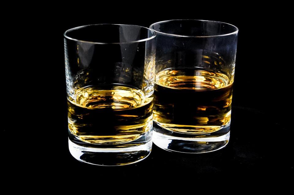Consumo de álcool provoca câncer