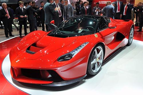 LaFerrari, o nono carro mais veloz de 2015