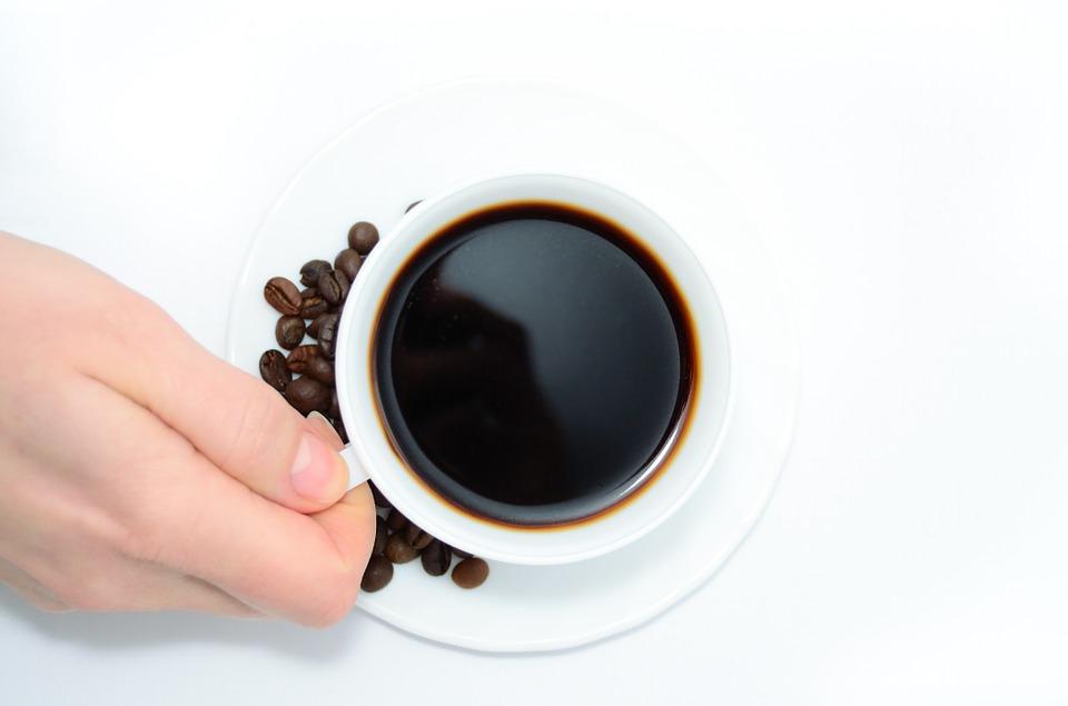 Café é uma boa bebida saudável para quem tem acima de 50 anos