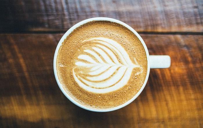 os malefícios da cafeína