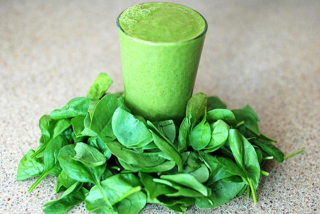 Os Benefícios do Espinafre à Saúde