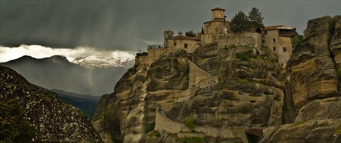 Os Místicos Mosteiros de Metéora
