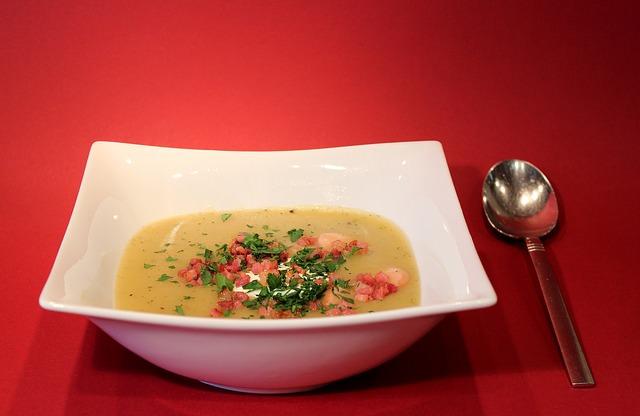 Sopa de batata e cebola
