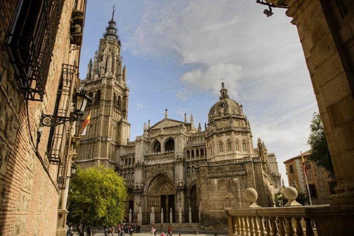 19 Templos Religiosos