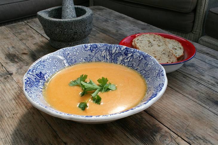 Sopas com baixa calorias para o inverno