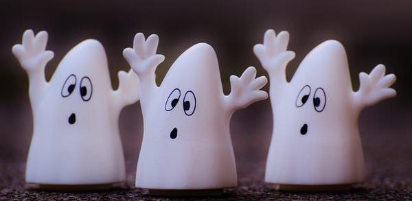 piada do fantasma no escritório