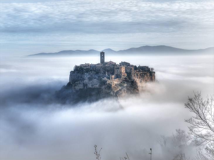 Cidade de Bagnoregio na Itália