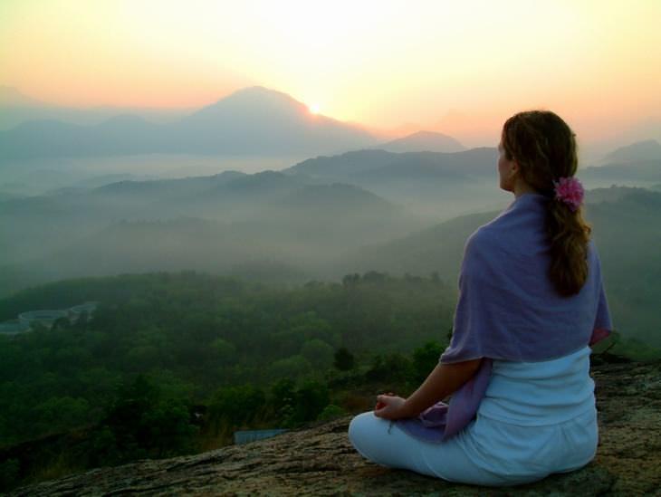6 aplicativos gratuitos em português para meditar