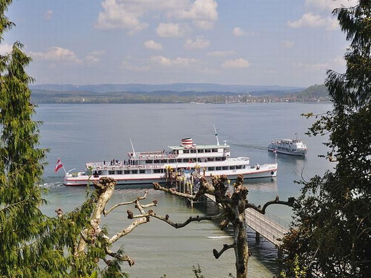 Conheça a bela ilha Mainau na Alemanha