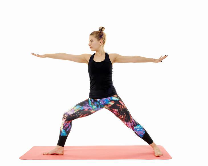 Poses de ioga para acalmar a osteoartrite