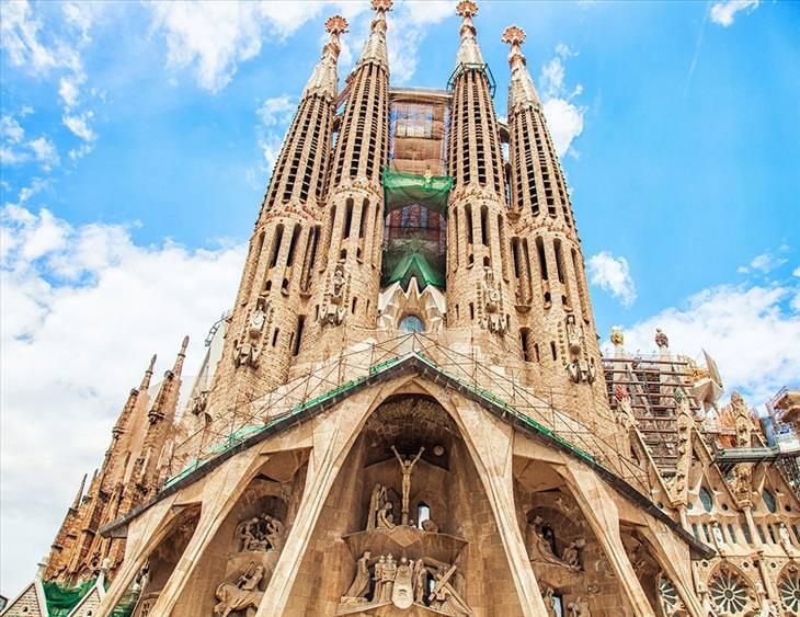 10 igrejas e templos incríveis pelo mundo