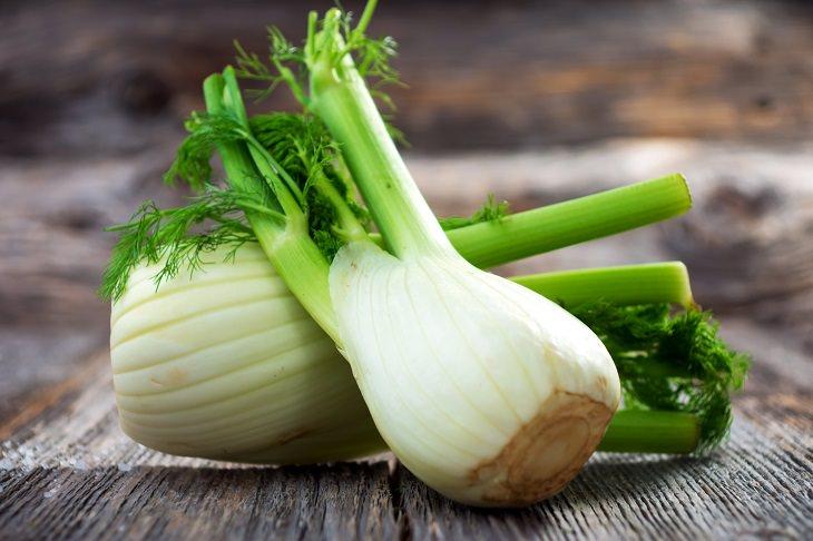 alimentos que ajudam a reparar ossos quebrados