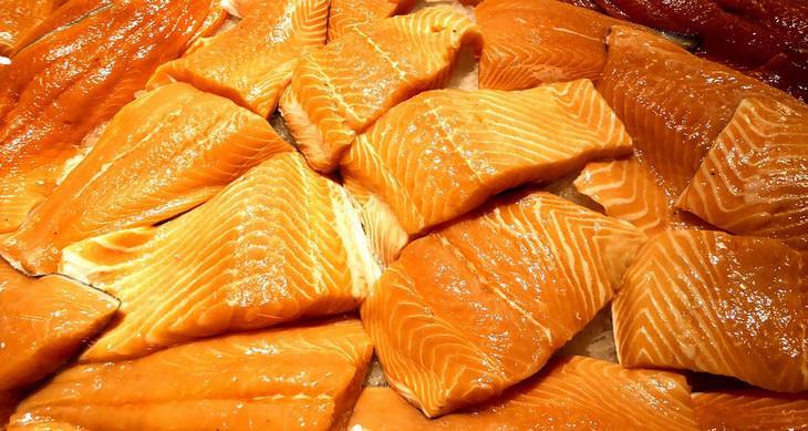 8 alimentos que podem causar câncer