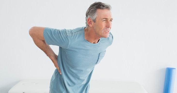 7 problemas de saúde que dão dor nas costas