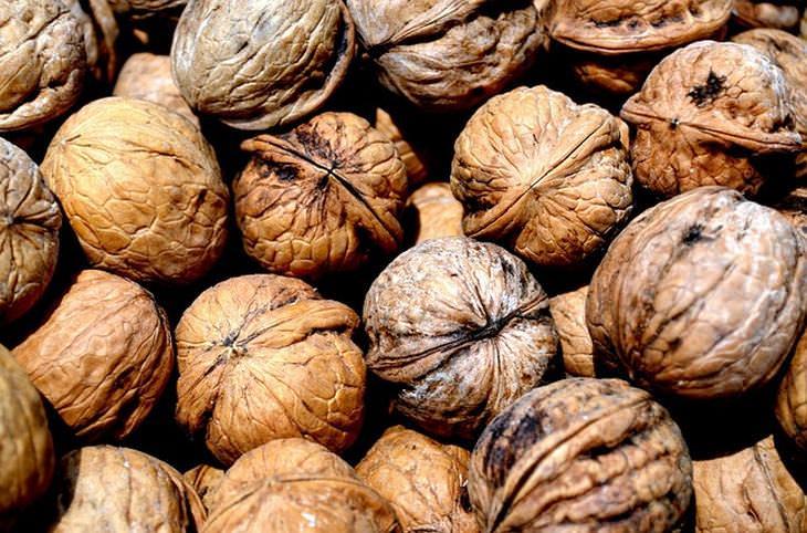 12 alimentos que retardam o surgimento de rugas
