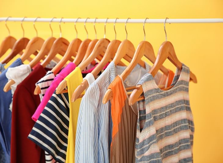 Dicas de como organizar o armário e o guarda-roupa