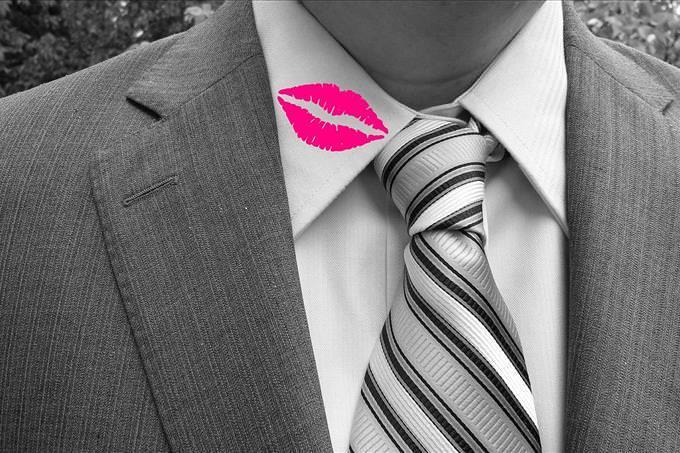 beijo no colarinho