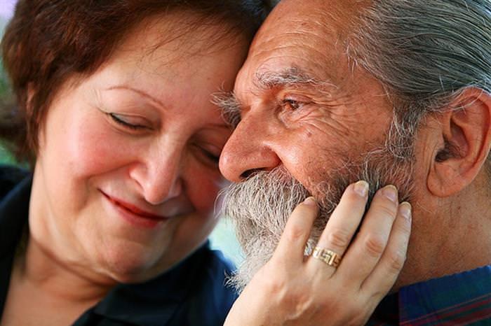 14 Sinais de que seu parceiro ainda te ama