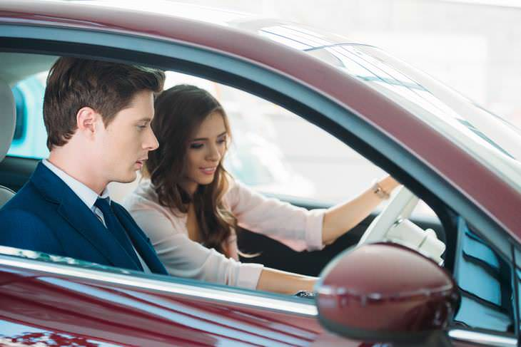 10 Erros comuns que cometemos ao comprar um carro novo
