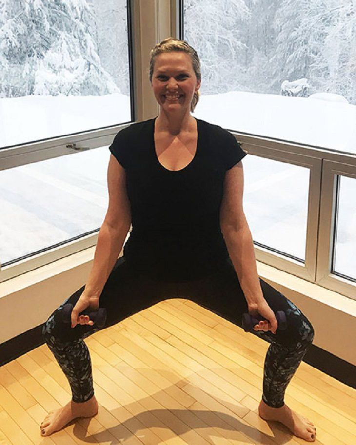 série de 5 exercícios para fortalecer braços e abdômen