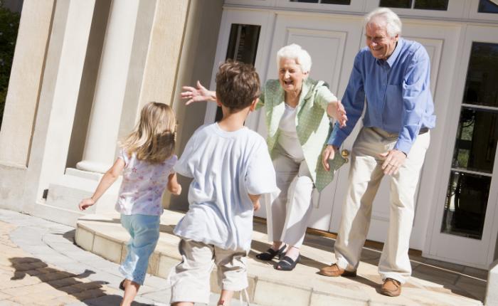 12 imagens de avôs, avós e netos