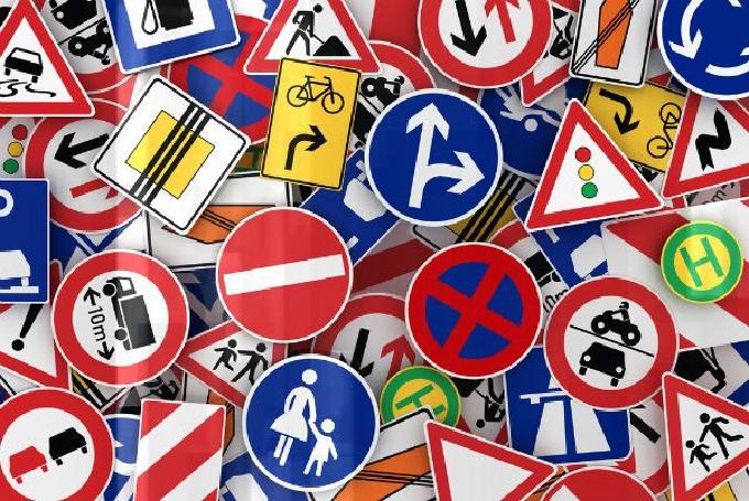 Formas das placas de trânsito - placas