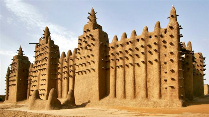 construções antigas desconhecidas
