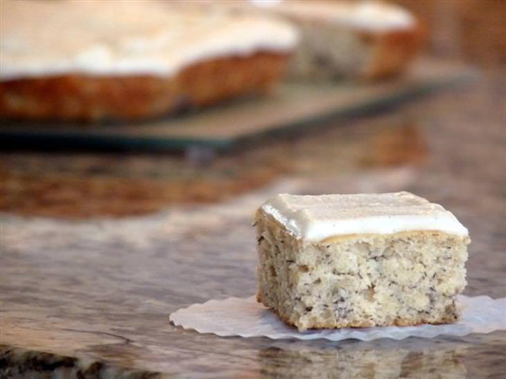 receita de bolo de banana com cobertura de baunilha