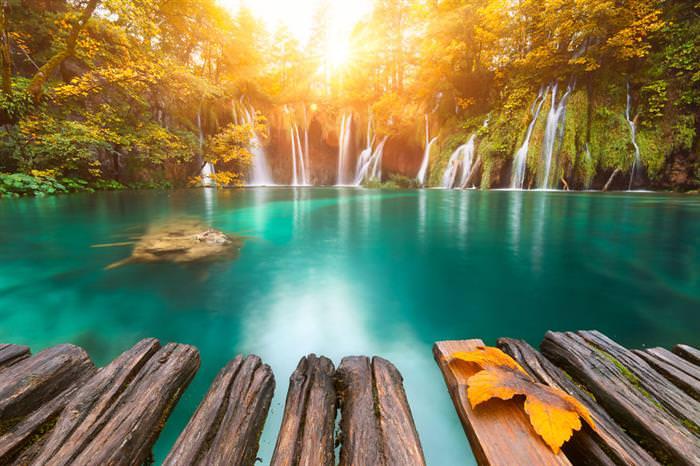 Belíssimas Fotos do Sol Nascendo no Mundo Todo