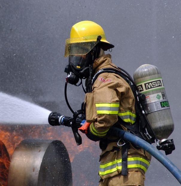 piada do bombeiro e a esposa