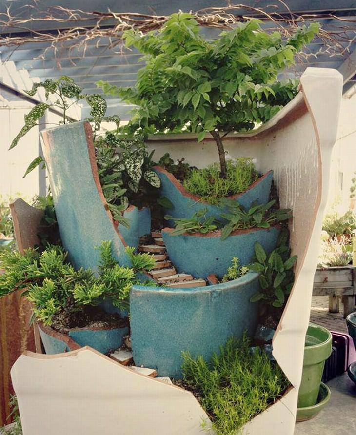 Transforme Vasos Quebrados em Mini-Jardins