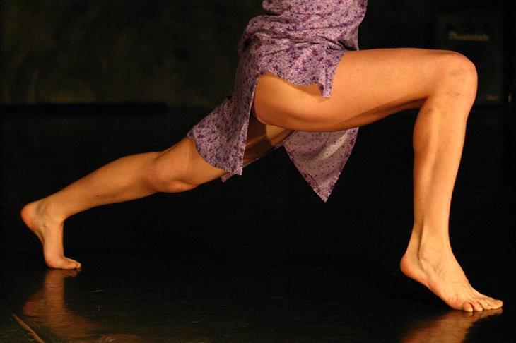 Músculos da perna ficam tensos à noite