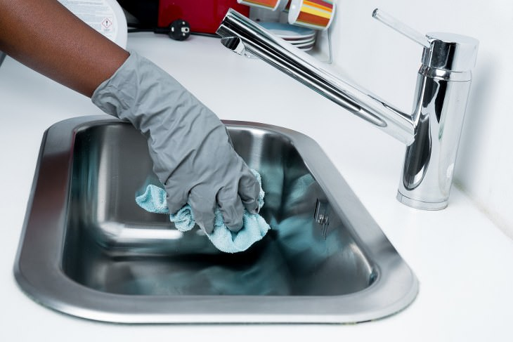 como limpar a casa como profissionais de limpeza