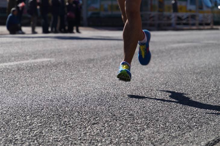 Piada do Dia: Correndo Nu (Adulto)