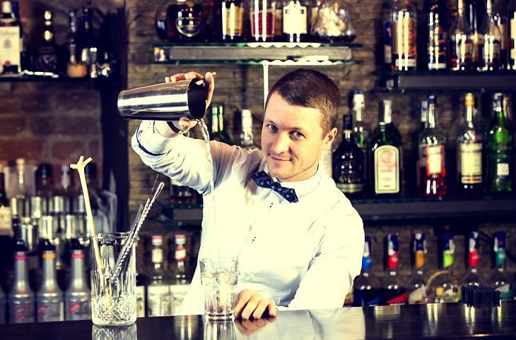 Piada hilária do bar mais barato do bairro