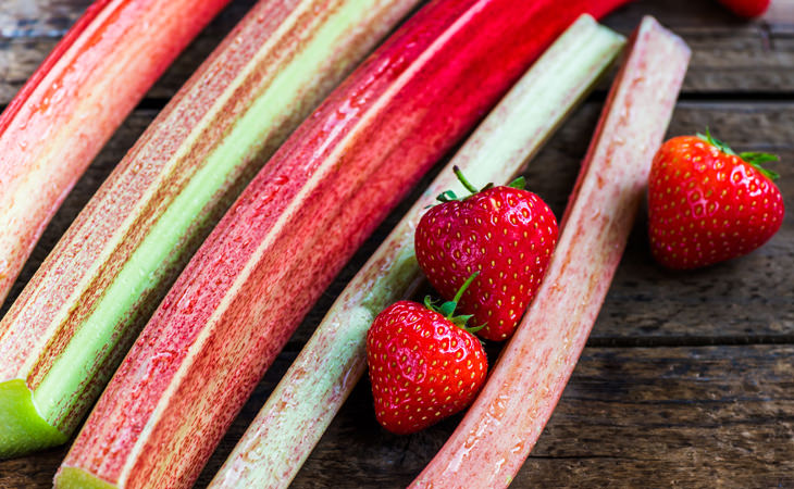 Os 10 principais benefícios para a saúde de comer ruibarbo