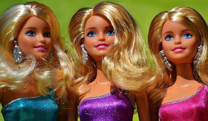 Piada divertida: A Barbie mais especial da loja!