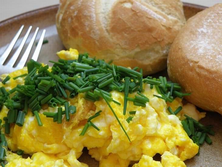 5 dicas secretas para preparar os melhores ovos mexidos