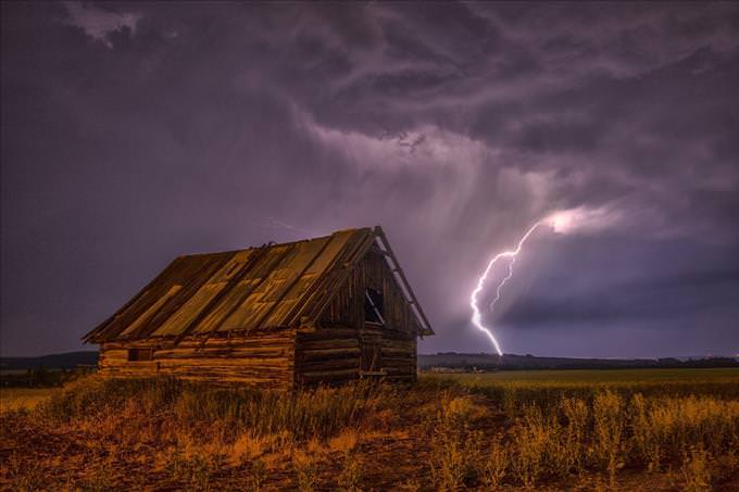 lightning by cabin