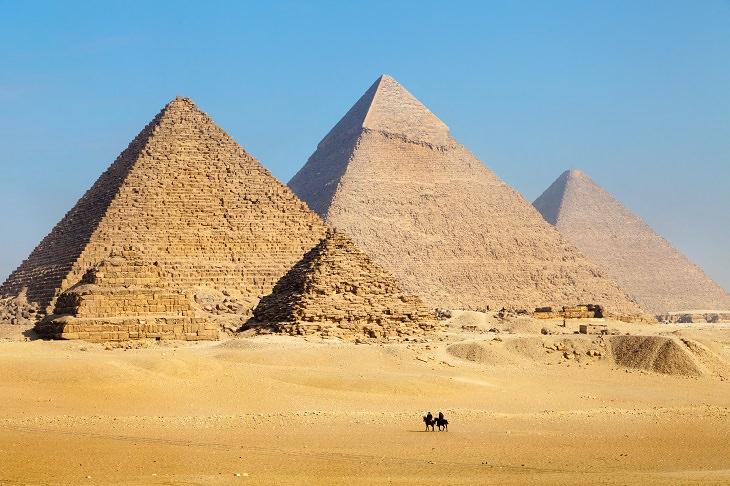 arqueólogos encontram nova tumba no egito em 2017