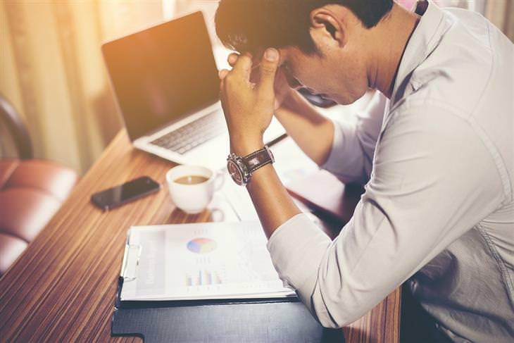9 Mecanismos mentais que nos impedem de resolver problemas