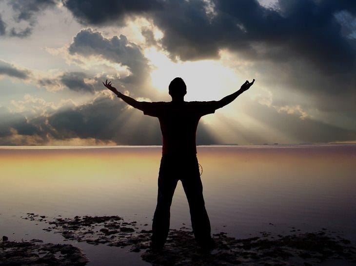 9 Dicas para trazer a felicidade de volta à sua rotina