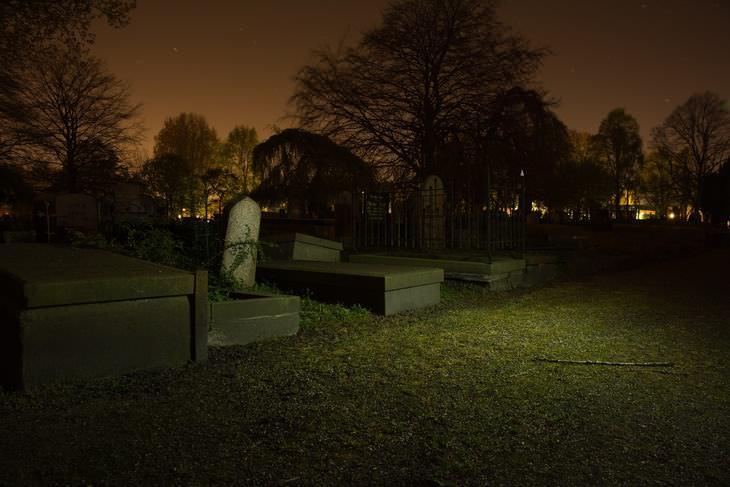 piada de cemitério