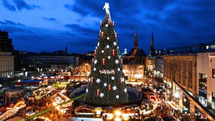 Belíssimas árvores de Natal Dortmund Alemanha