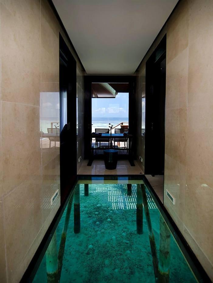 Surreal interiors - corredor