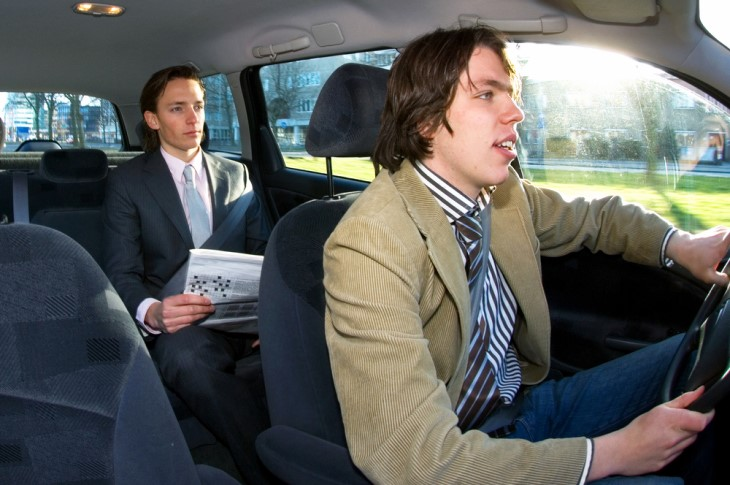 Piada: Corrida de táxi-motorista e passageiro