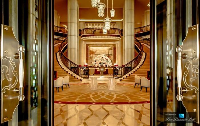 O Luxo Redefinido em Hotéis Abu Dhabi