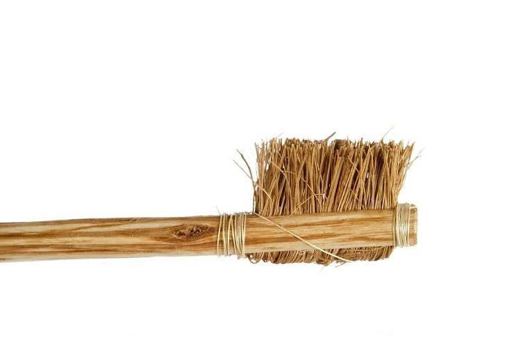 Invenções chinesas - escova de dentes