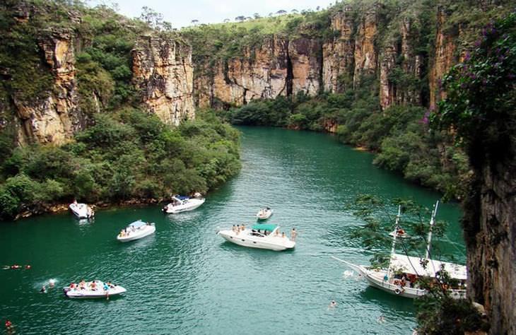 21  Lugares no Brasil Cânion de Furnas, Capitólio, Minas Gerais