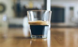 מבחן קפה: קפה בכוס זכוכית